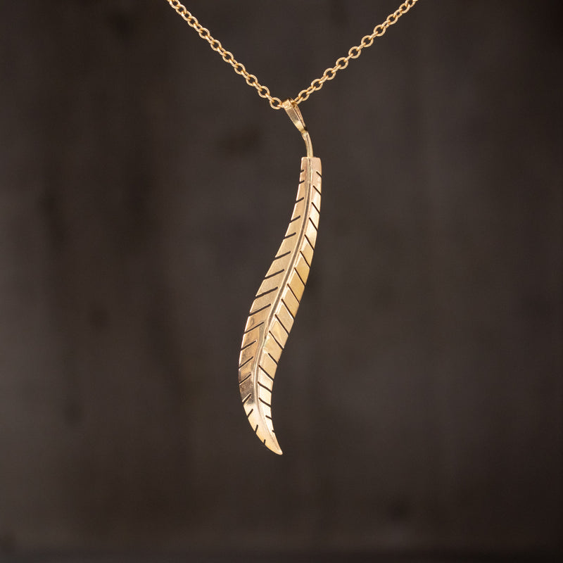 18kt Yellow Gold Feather Pendant