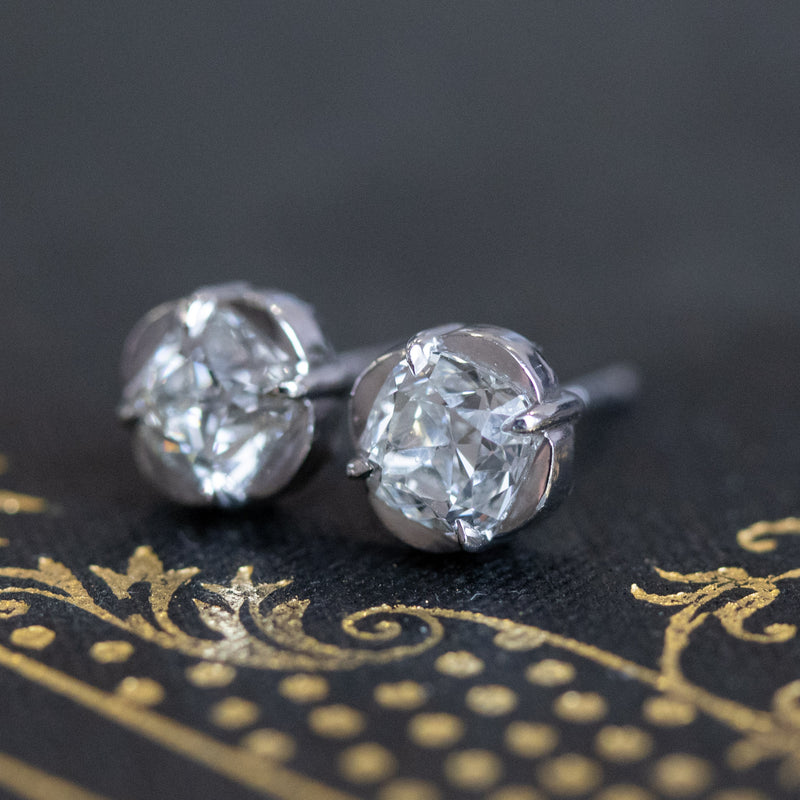 .94ctw Cushion Cut Diamond Clover Stud Earrings