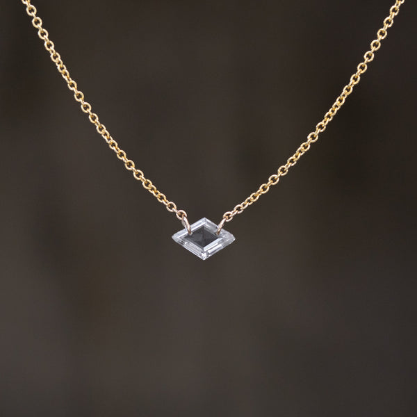 .30ct Portrait Cut Diamond Pierced Pendant