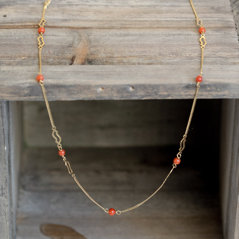 Vintage Coral & 18kt Yellow Gold Necklace