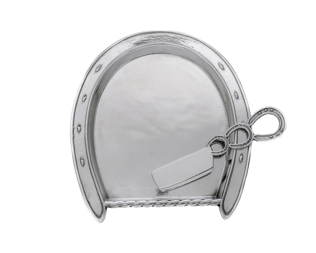 Horseshoe Plate with server.