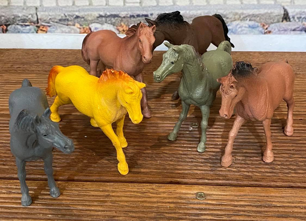 Large Horse Figurine Pack