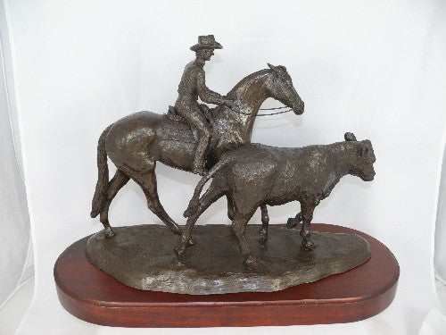 Mary Pinsent - Campdrafter Statue