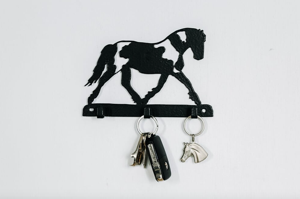 Handsome Is Horse 3 Hook Key Rack