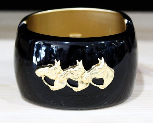 Large Horse Head Cuff -Black