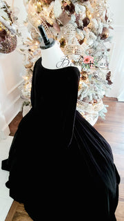 Penelope Velvet gown - Midnight black  with Sleeves  (6 Year - Petite 9 Year)