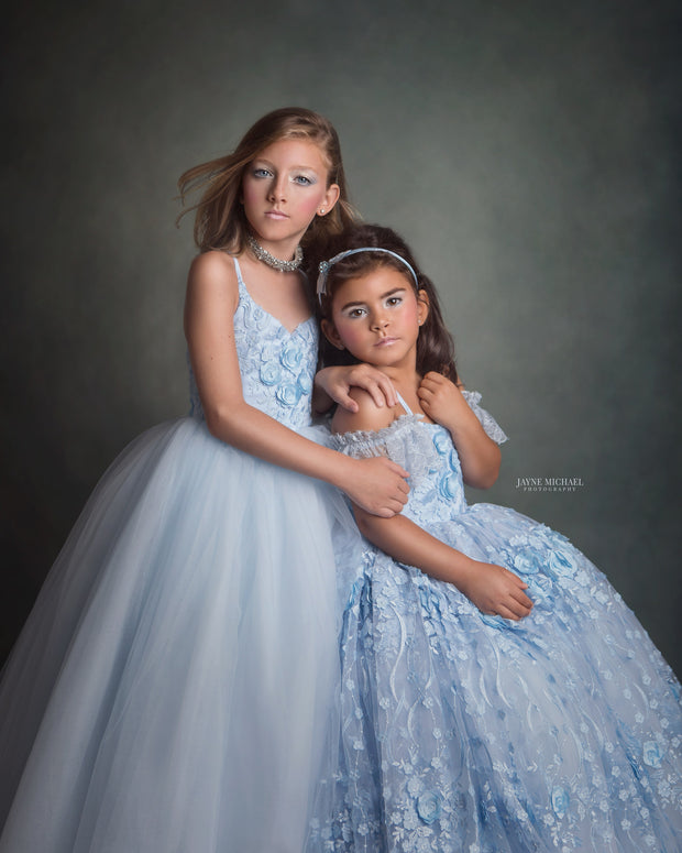 Heavenly Gown- Gorgeous special occasion or photo shoot dress (5 Year-Petite 8 Year)