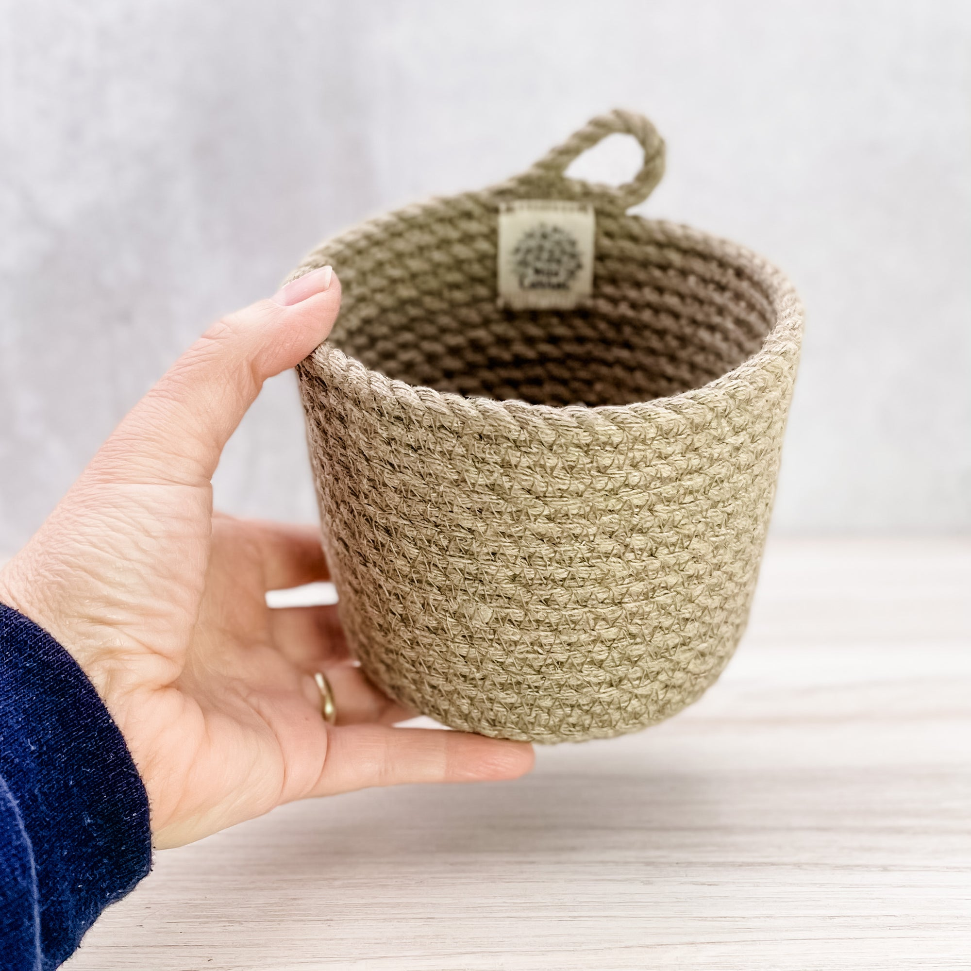Small Hemp Cylinder Basket