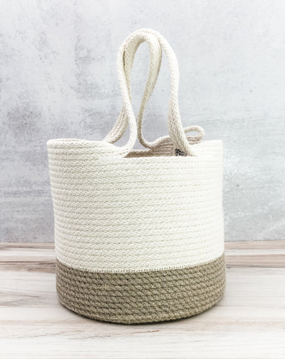Long-handled bucket bag