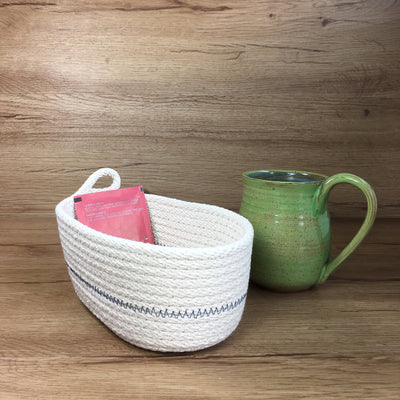 Tea basket (red)