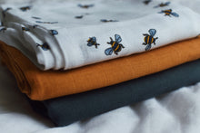 Load image into Gallery viewer, Muslins 3 pcs Honeybee Organic