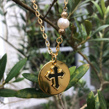 Load image into Gallery viewer, Round Pendant with Cross Necklace