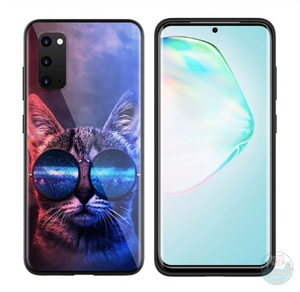 This sleek phone case protects your phone from scratches, dust, oil, and dirt. It is flexible, easy to take on and off, with precisely aligned cuts and holes.  Soft TPU material  Cute black kitty and heart design  Please choose required type from the drop-down menu