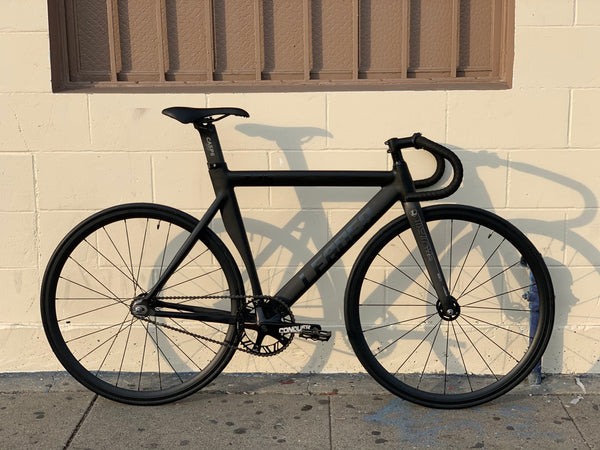 Leader 725 Bike with Full Carbon Fork