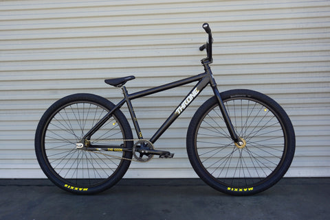 Throne Da'Goon Bike w/ Maxxis Tires