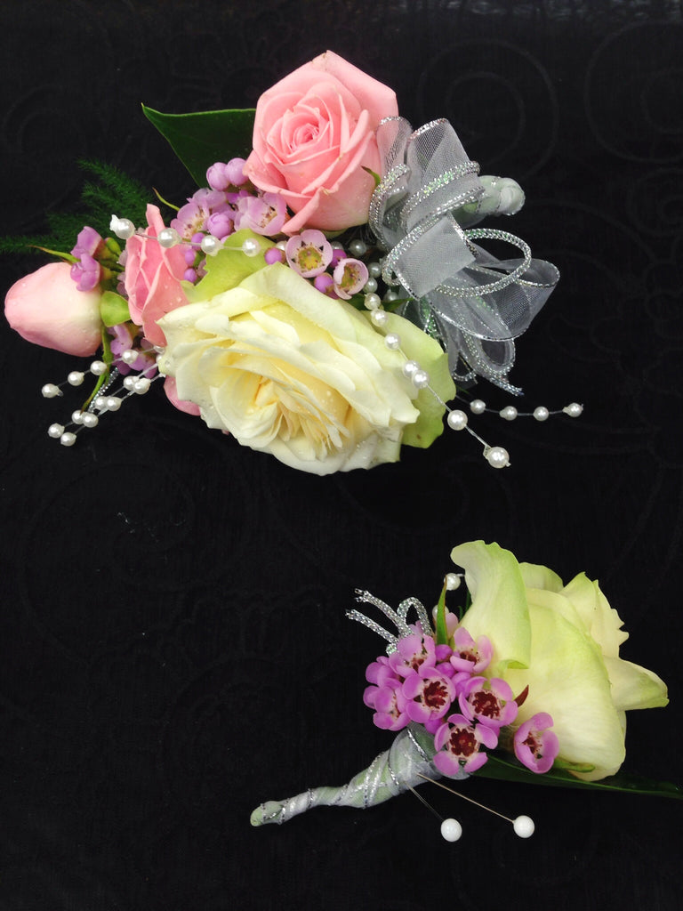 Corsage & Boutonniere (W805)
