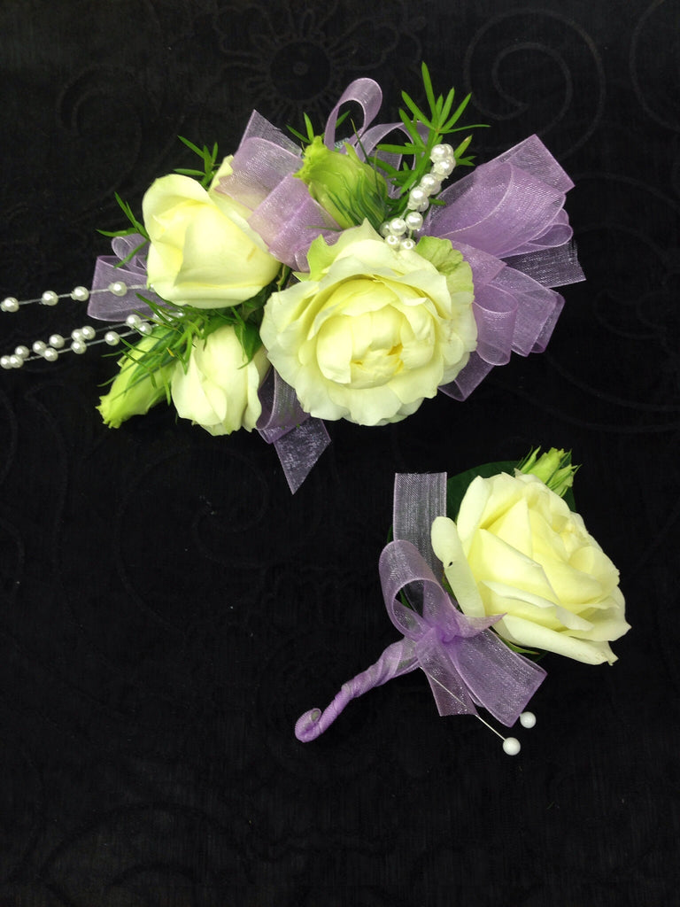 Corsage & Boutonniere (W807)