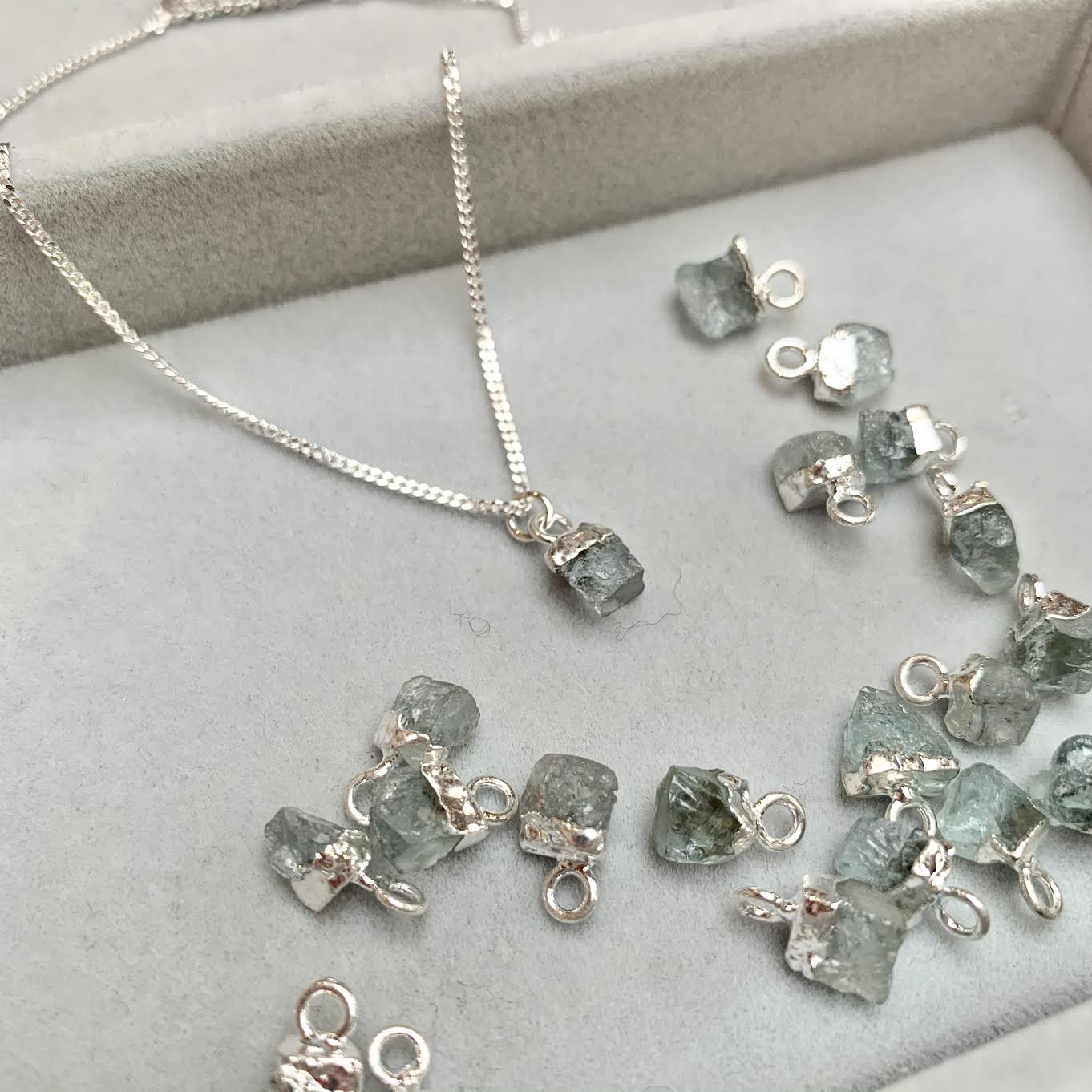 Birthstone Necklace - Silver - MARCH, Aquamarine - Decadorn