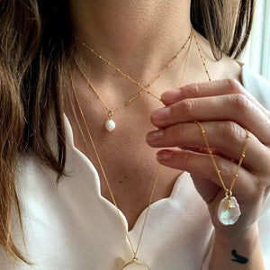 Flat Fresh Water Pearl & Star Necklace - Decadorn