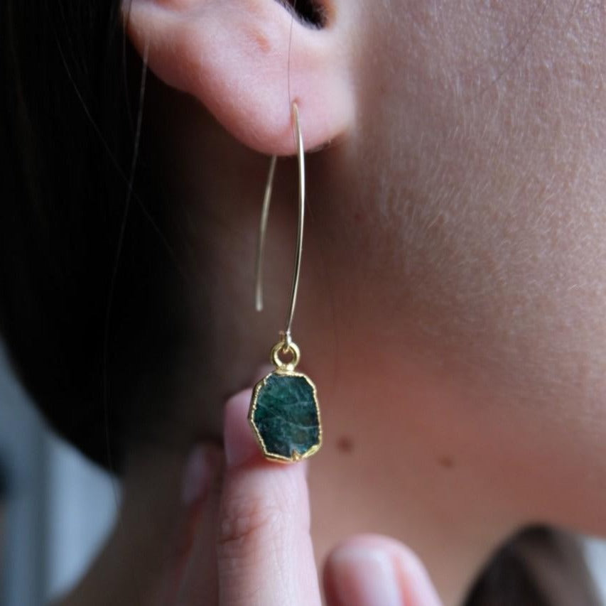 Gem Slice Dropper Earrings - Emerald - Decadorn
