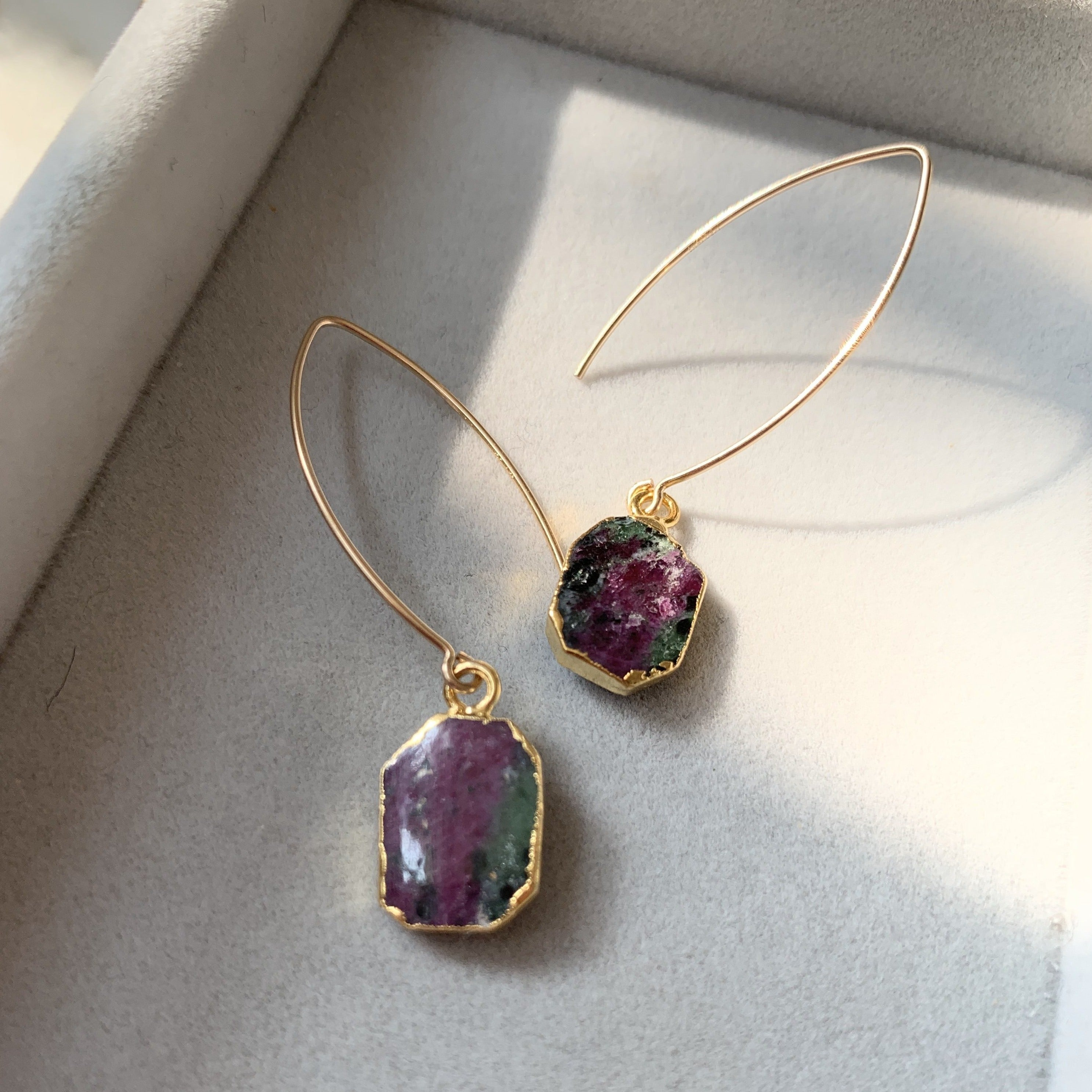 Gem Slice Dropper Earrings - Ruby Zoisite - Decadorn