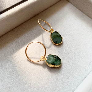 Gem Slice Hoop Earrings - Emerald - Decadorn