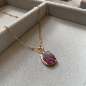 Gem Slice Necklace - Ruby Zoisite - Decadorn