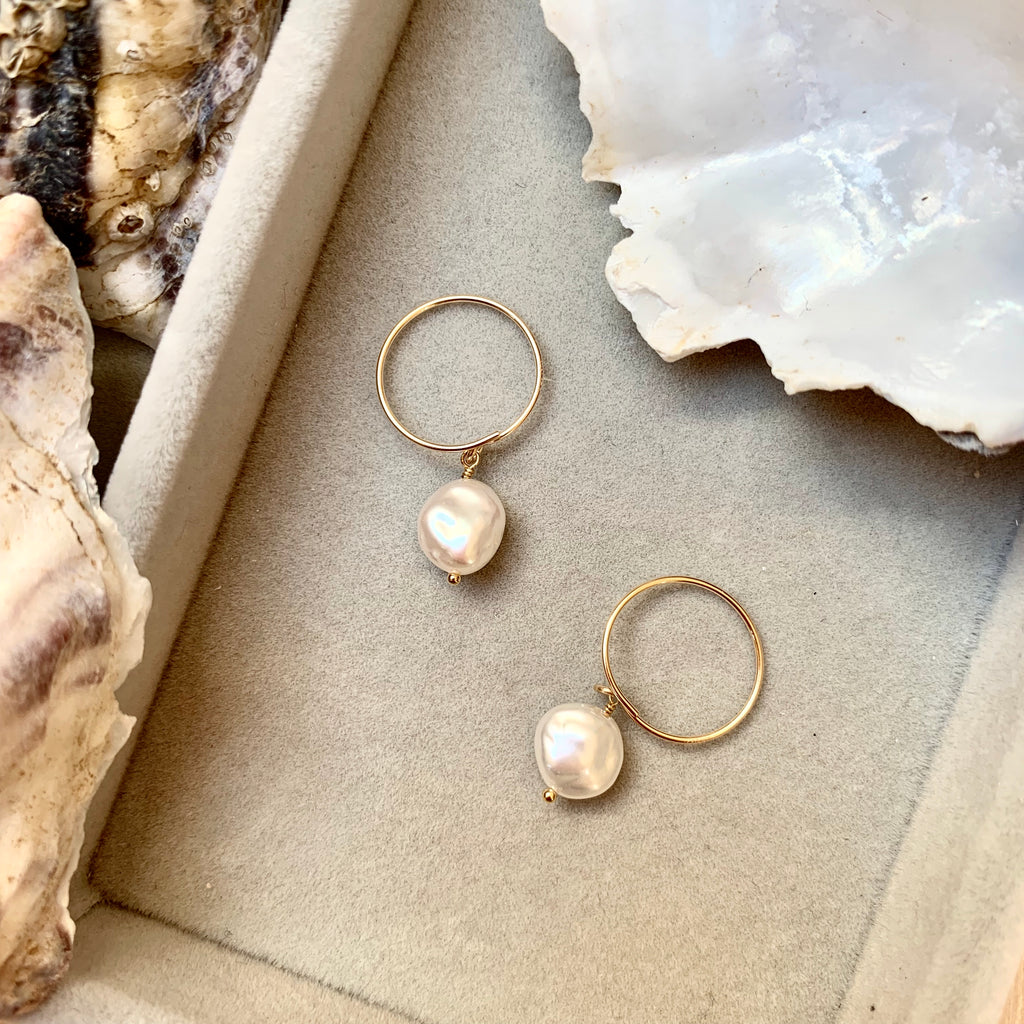 Sea Pearl Mini Hoop Earrings - Decadorn