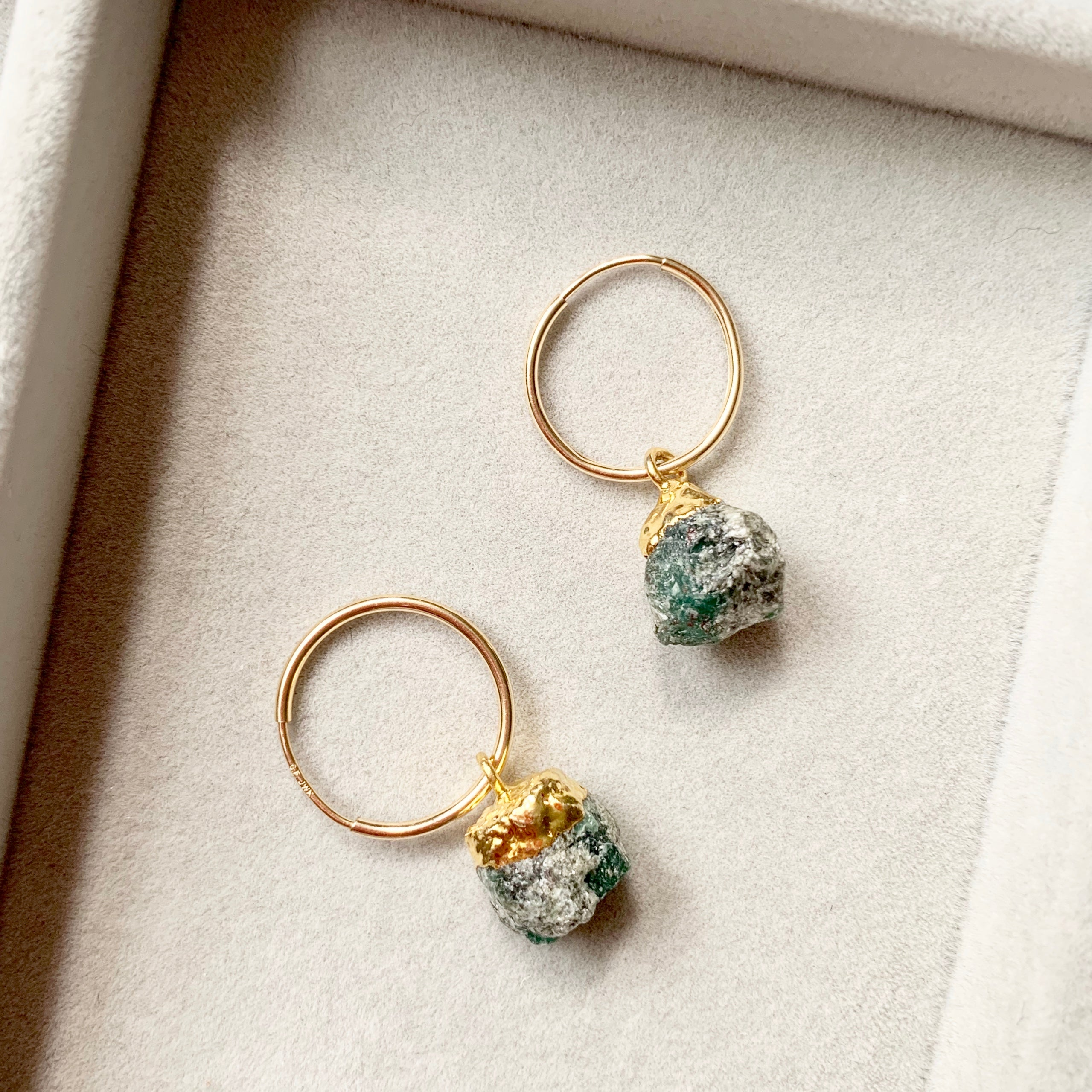 Birthstone Hoop Earrings - MAY, Emerald - Decadorn