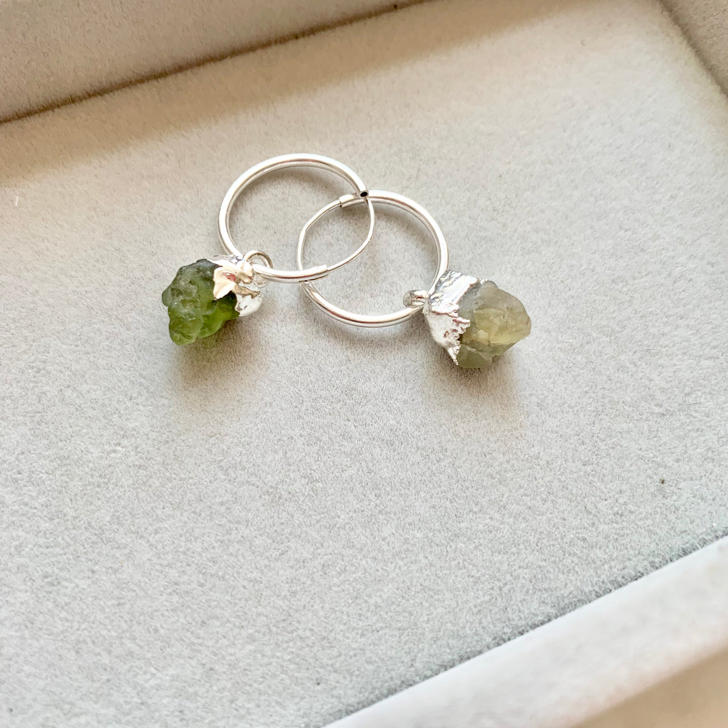 Birthstone Hoop Earrings - Silver - AUGUST, Peridot - Decadorn