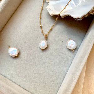 Sea Pearl Necklace - Decadorn