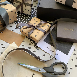 Gift Wrapping Service - Decadorn