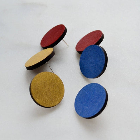 Walnut Jumbo Circle Stud Earrings in Gold, Red or Blue
