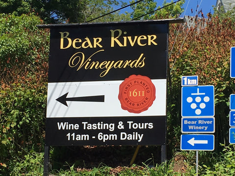 Bear River Vineyards road sign