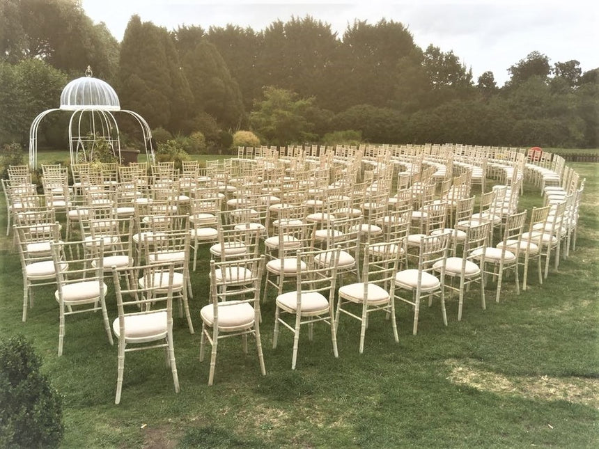 Limewash chiavari chairs hire in hertfordshire, bedfordshire, buckinghamshire, cambridgeshire, London and South of England