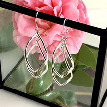 Load image into Gallery viewer, Intertwined Elegant Earrings - Silver - Gifti | Gifts they will love