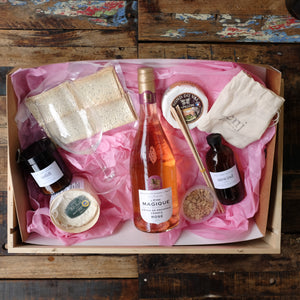 Cheese & Relaxation Candle Hamper (Optional Wine)