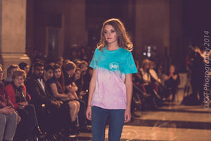 TURQUOISE AND PINK T-SHIRT