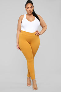Adriana Leggings - Mustard
