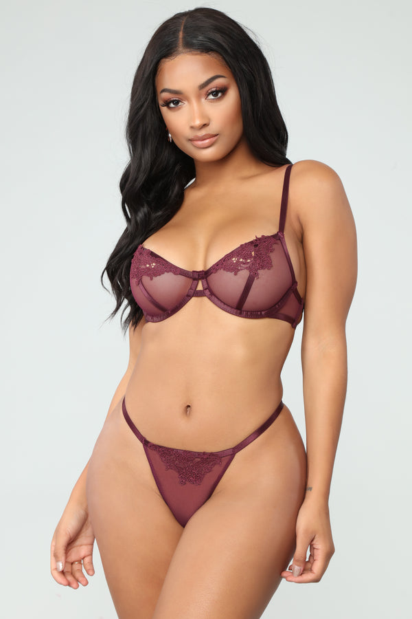 8dcf8b6b231c3 Feel My Touch Set - Burgundy