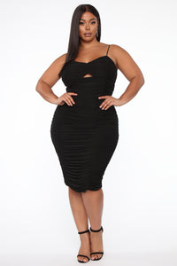 Ruched Me Into It Mesh Midi Dress - Black Angle 4