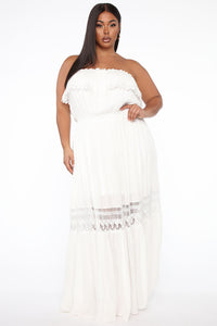Out Of The City Tube Maxi Dress - White Angle 5