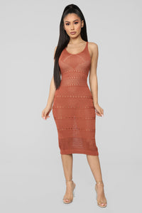 Walk On The Beach Midi Dress - Marsala Angle 1