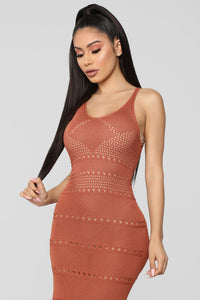 Walk On The Beach Midi Dress - Marsala Angle 2