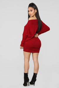 No Second Guessing Dress - Burgundy