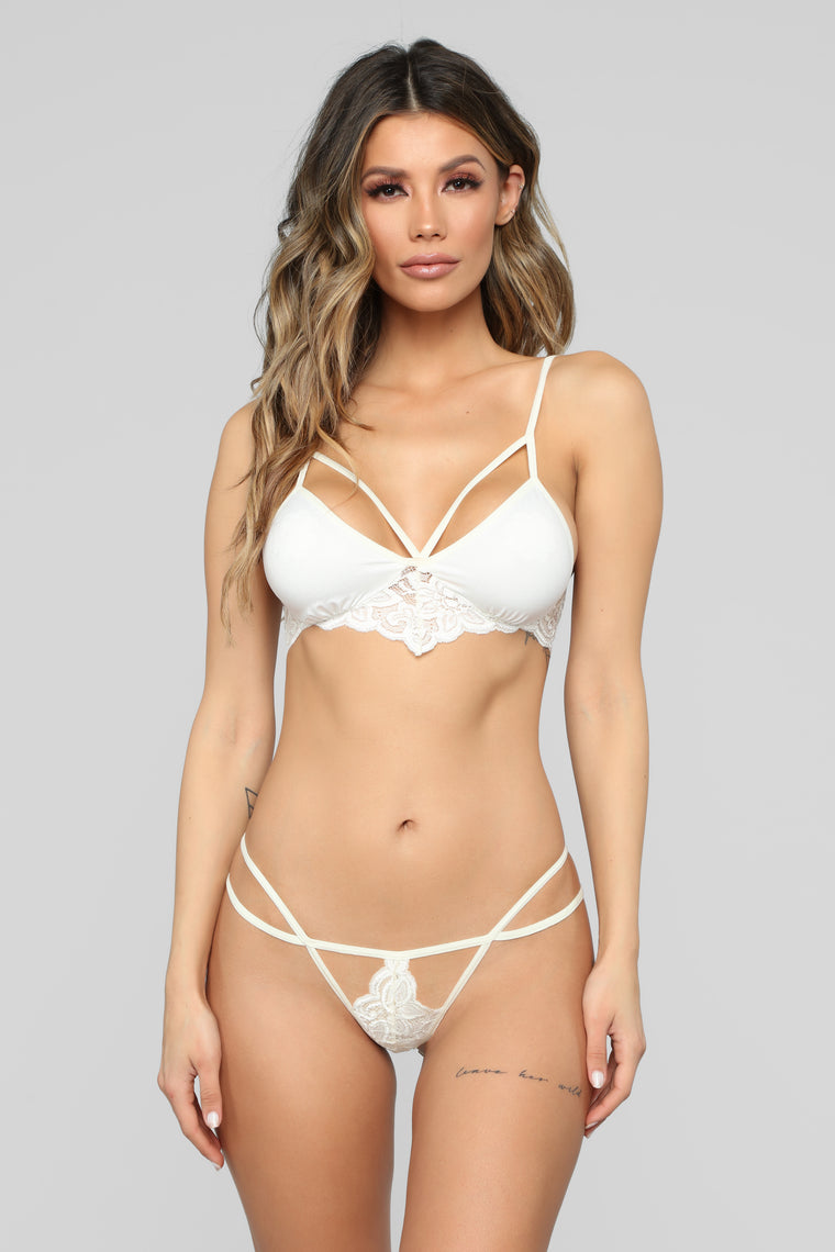 Little Details Lace 2 Piece Set - Ivory