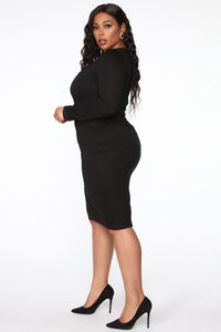 Well Respected Midi Dress - Black Angle 7