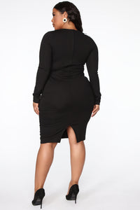 Well Respected Midi Dress - Black Angle 8