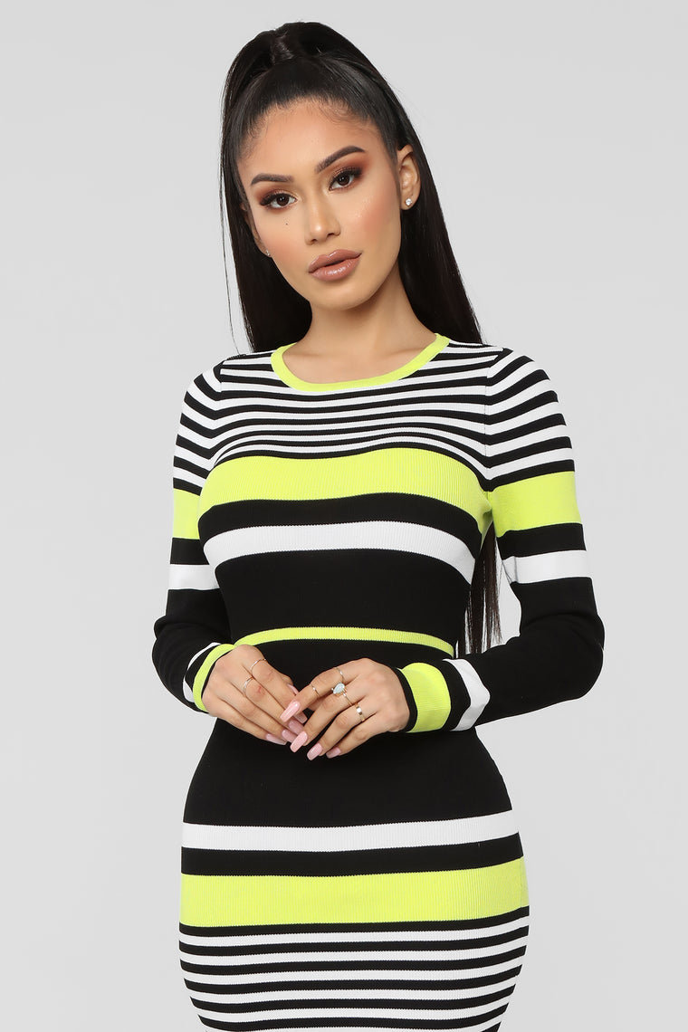 Struttin' Side To Side Sweater Dress - Black/Green