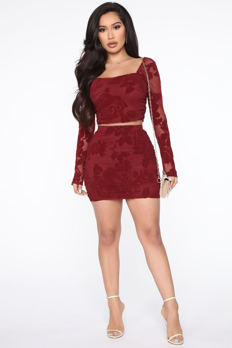 A Night You Wont Forget Skirt Set - Burgundy